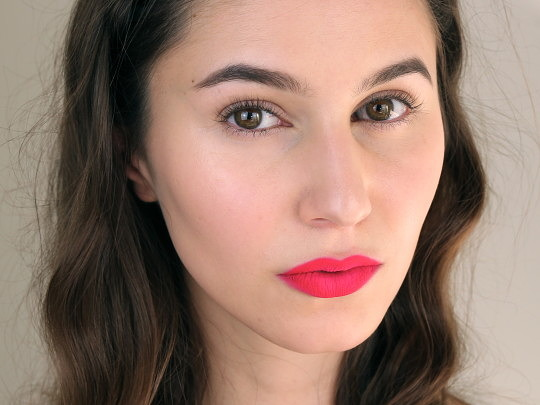 Editorial Neon Lip Makeup Tutorial