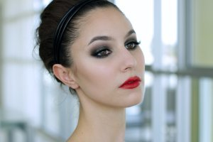 How To: Bold Eyes & Bold Lips