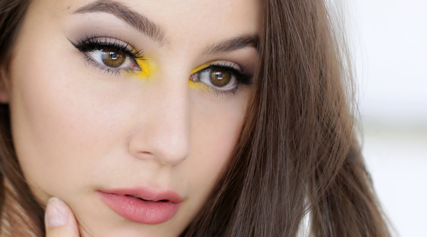 Glamorous Neutrals with a POP of Colour! Makeup Tutorial