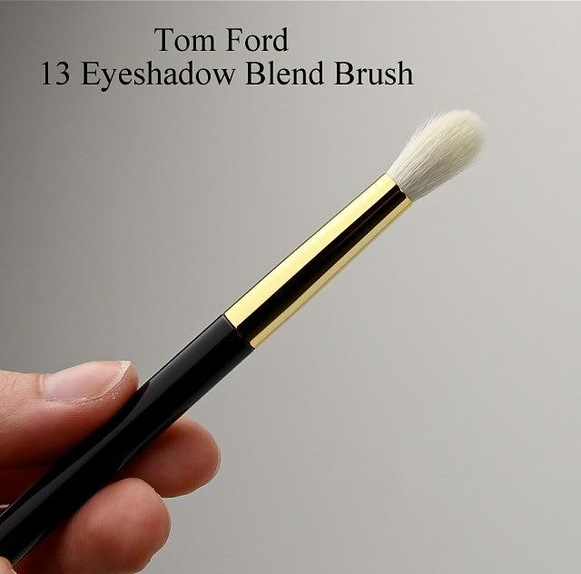 Tom Ford 13 Eyeshadow Blend Brush