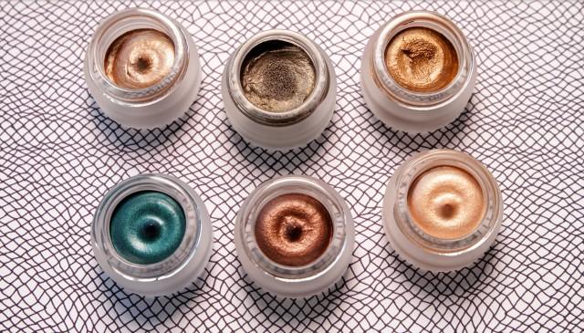 Charlotte Tilbury – Eyes to Mesmerise Cream Eyeshadow Review & Swatches